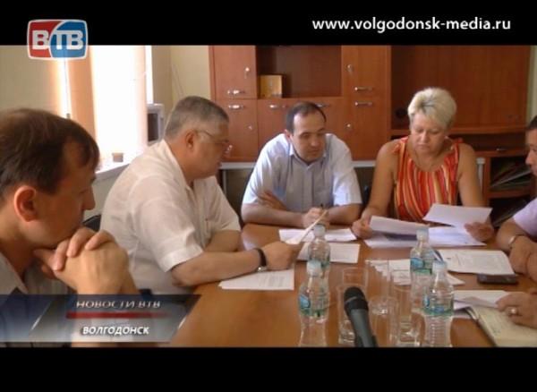 Заседание постоянной депутатской комиссии вновь несостоялось