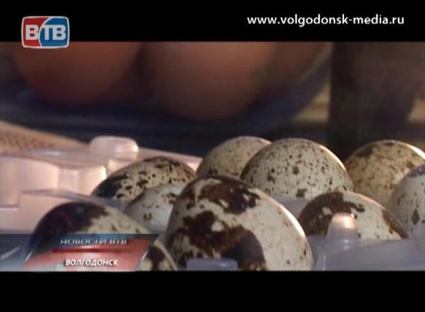 Сотни городов по всему миру отмечают сегодня день яйца