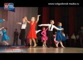 Втрадиционном турнире закубок Мэра по спортивным бальным танцам приняли участие порядка полутора сотен участников
