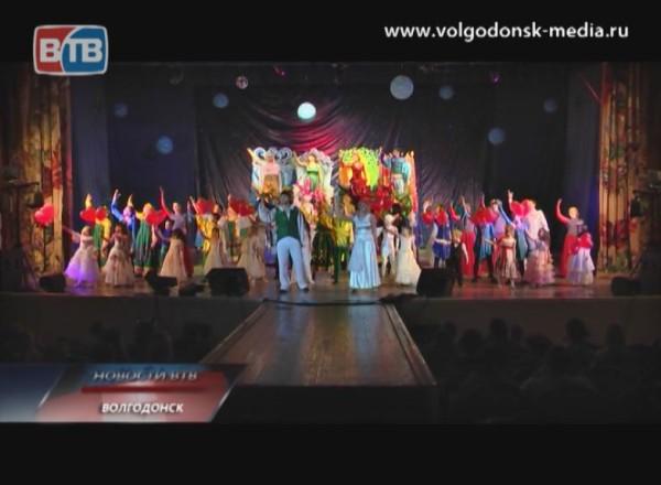 Дворец Культуры имени Курчатова распахнул двери для премьеры мюзикла «Сотворение»