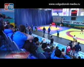 В СК «Олимп» прошёл юбилейный юношеский турнир по греко-римской борьбе памяти Ивана Смолякова