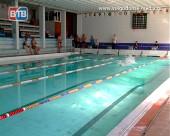 Волгодонские пловцы вошли в десятку сильнейших на Кубке по троеборью в плавании