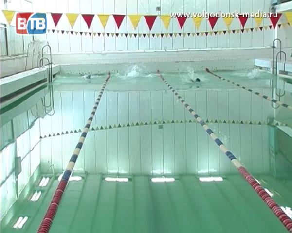 Волгодонские пловцы привезли с первенства области призовые награды
