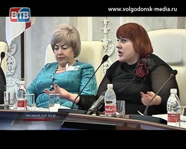 Слово не воробей… ТОП-10 самых запоминающихся реплик, высказанных первыми лицами Волгодонска за год