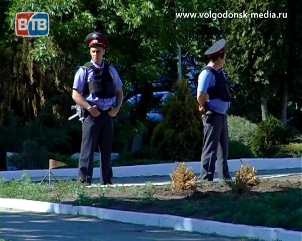 В связи с угрозой террактов спасатели Волгодонска призывают горожан быть более бдительными