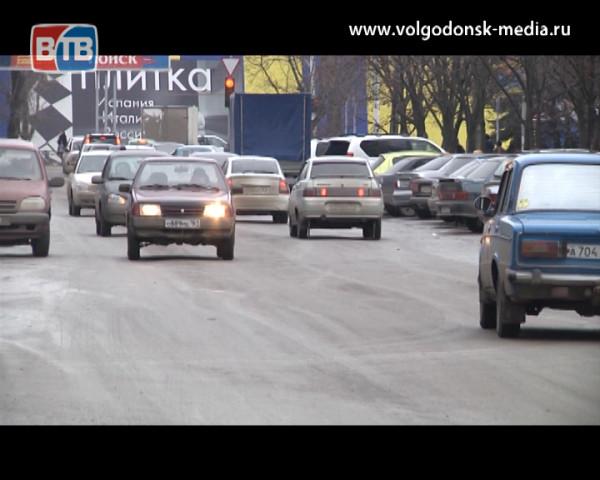 Не смотря на постоянные рейды, проводимые полицейскими, волгодонские автолюбители продолжают садиться за руль, «приняв на грудь»