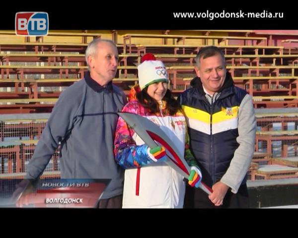 Капитан хоккейного клуба Оксана Костюкевич вернулась в Волгодонск с Олимпийской эстафеты в Шахтах