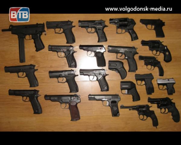 В связи с событиями в одной из школ столицы волгодонские полицейские призывают горожан быть бдительными и осторожными