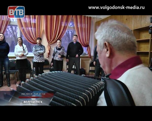 Депутат Законодательного собрания Ростовской области Юрий Потогин продолжает поддерживать творческое сообщество города