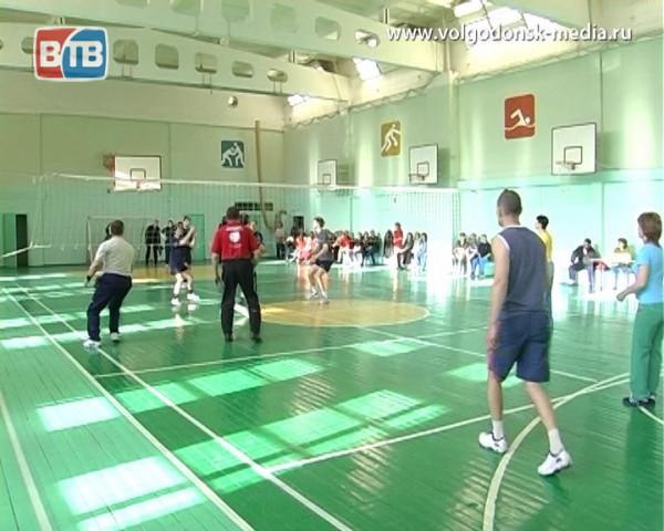 В рамках Спартакиады Дона волгодонцы уже на этих выходных померятся силами в играх в волейбол