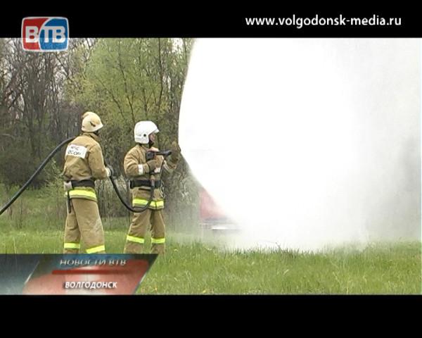 В Волгодонске прошли областные учения по ликвидации лесных пожаров