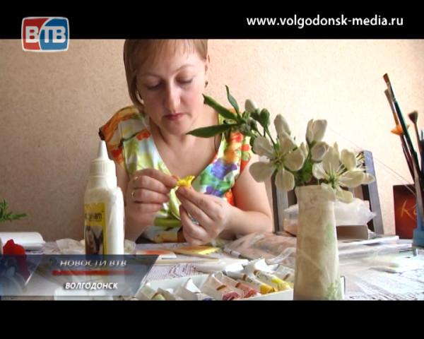 Жительница Волгодонска Анна Захарченко создает своими руками украшения для настоящих модниц