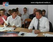 Думская комиссия по ЖКХ чуть не обернулась конфликтом депутатов