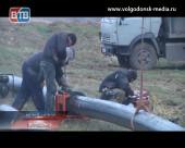 Вода будет в течение суток. Главный коммунальщик Волгодонска провёл брифинг на месте аварии на канализационном коллекторе К-7