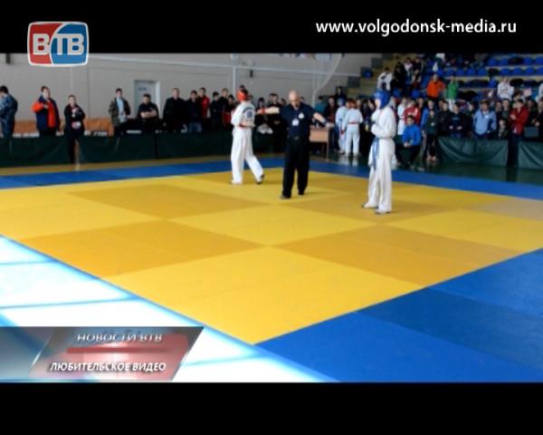 Спортивный подвиг. Волгодонскому бойцу не помешала даже серьезная травма стать чемпионом России по рукопашному бою