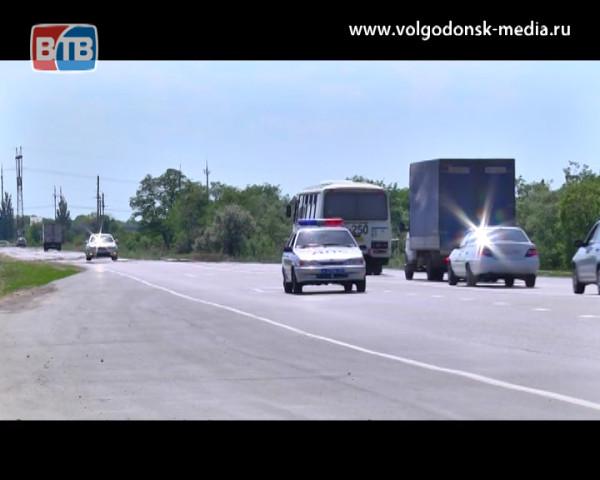 Волгодонские ДПС-ники пустились в погоню за угнанным автомобилем