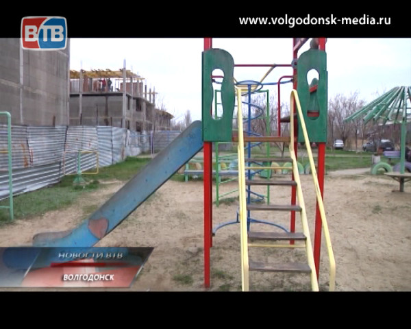 Территория раздора. Как детская площадка стала причиной скандала городского масштаба?