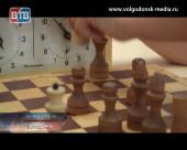 Лучшая игра для малышей — шахматы!