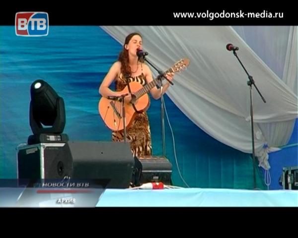 В станице Романовской стартовал шестнадцатый фестиваль «Струны души»