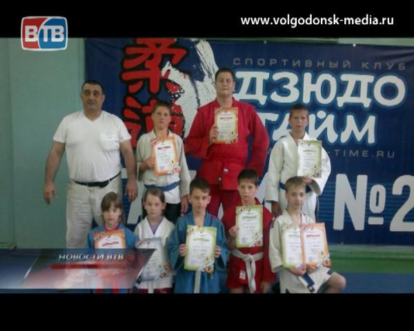 Новые победы волгодонских самбистов
