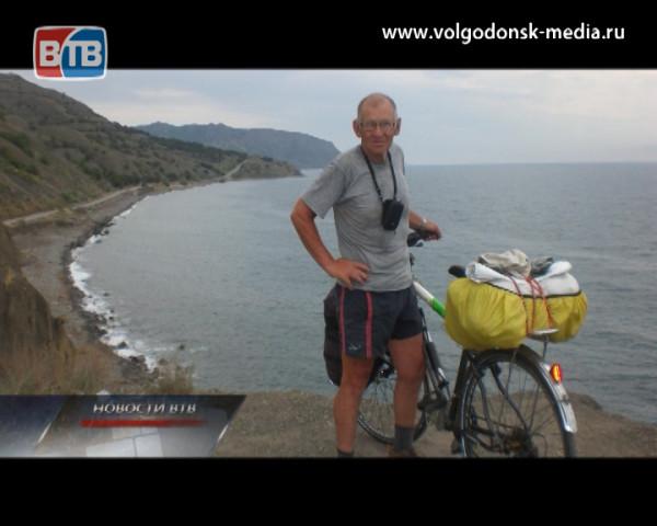 Волгодонский велопутешественник Александр Гречкин недавно побывавший в Крыму делиться своими впечатлениями в студии ВТВ