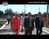 Рабочий визит губернатора. Василий Голубев посетил Волгодонской район
