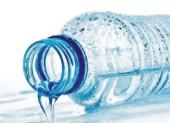Эксперты Ростовской области рассказали, какую бутилированную воду покупать не стоит