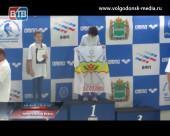 Волгодонские пловцы привезли с международного детского турнира несчетное количество медалей