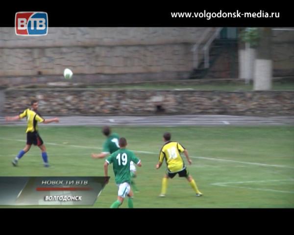 Волгодонские футболисты прервали семиматчевую безвыигрышную серию разгромной победой