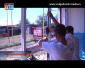 Телекомпания ВТВ помогла заменить старые окна в детском саду «Ромашка» хутора Семёнкин