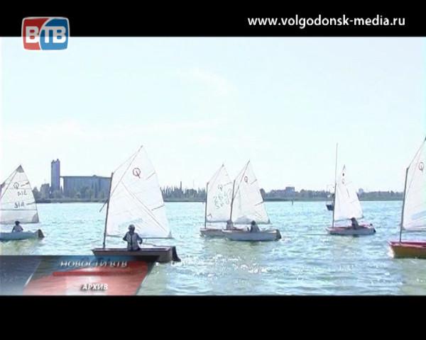 Уже в эту субботу Волгодонский яхтенный центр проведет традиционную парусную регату памяти Николая Никифорова