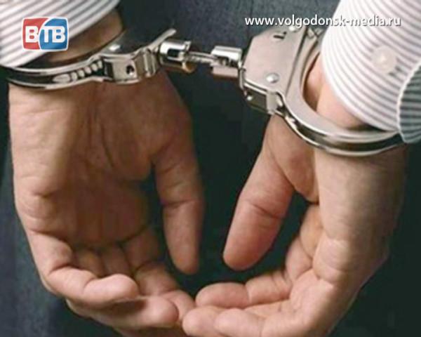 25-летний волгодонец подозревается в изнасиловании пенсионерки