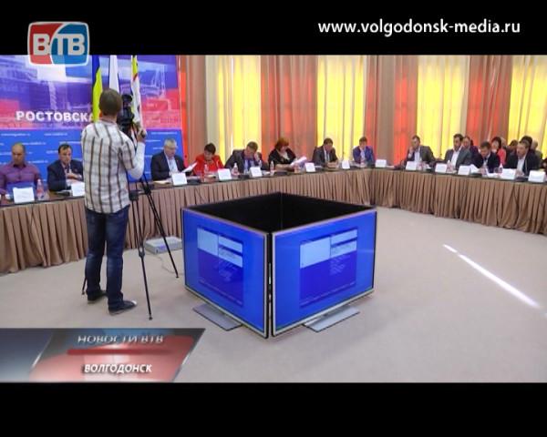 На заседании городской Думы депутаты приняли решение выделить 1,5 миллиона рублей на помощь погорельцам дома по ул. Гагарина, 8б
