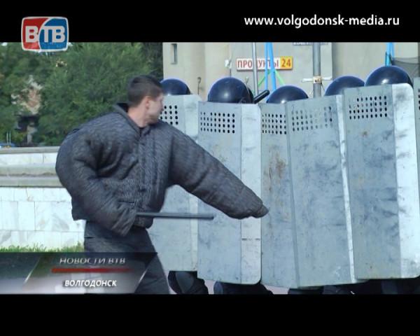В Волгодонске впервые прошли показательные выступления в честь дня главного управления МВД России по Ростовской области