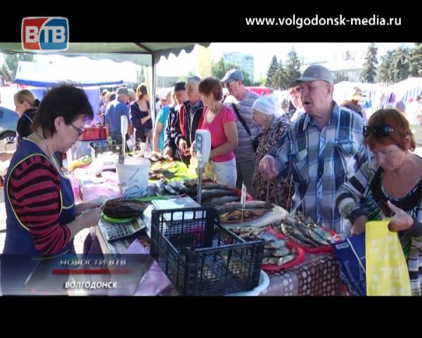 Волгодонск открыл сезон осенних ярмарок выходного дня