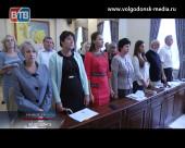 Традиционное планерное совещание чиновники начали стоя