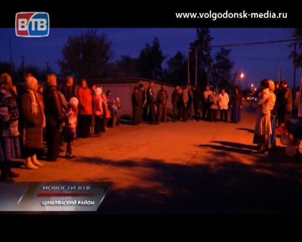 В поселке Сосенки появилось уличное освещение