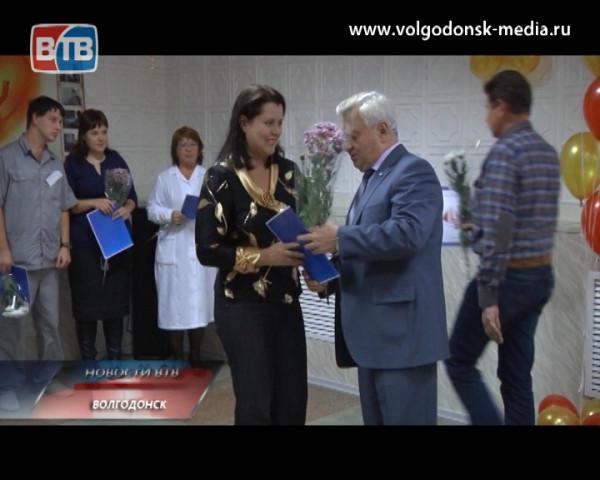 Первая больница отпраздновала Международный день врача традиционным приветствием новых сотрудников