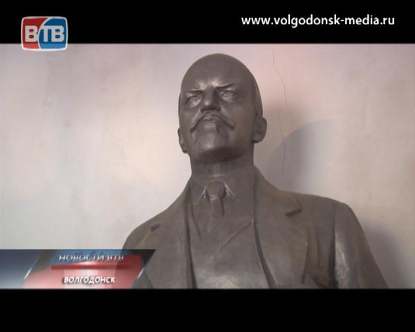 У волгодонца Константина Никульникова есть собственный памятник Ленину