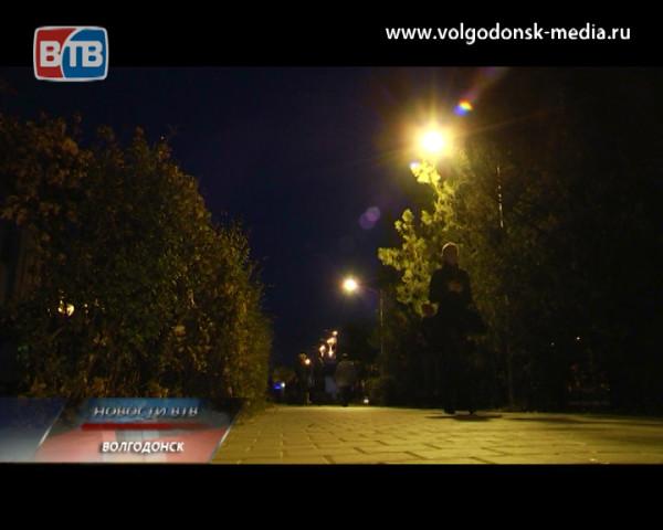 На участке проспекта Строителей от кинотеатра Комсомолец до УВД восстановлено торшерное освещение