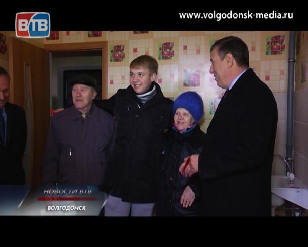 38 детей-сирот Волгодонска получили ключи от новых квартир