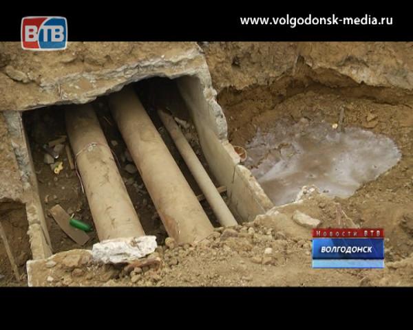 Подземная река в промзоне Атоммаша