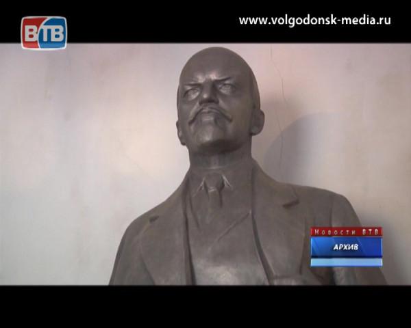Из гаража волгодонца украли памятник Ленину