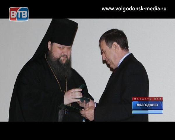 Виктор Фирсов получил высокую награду РПЦ