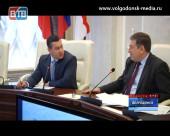 Виктор Фирсов провел последнее открытое для прессы аппаратное заседание в белом доме