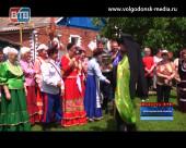 В хуторе Потапов Святую Троицу отметили в казачьих традициях