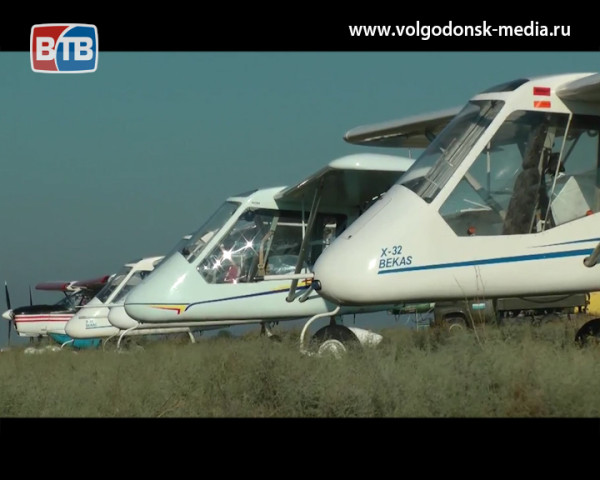 В Романовской в субботу отметят день авиации. Всех желающих прокатят на самолетах