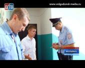 Неизвестные вскрыли дверь в квартиру правозащитника и журналиста Сергея Смилыка