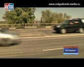 В Волгодонске начали ремонтировать мост. Автолюбителям следует предусмотреть пути объезда
