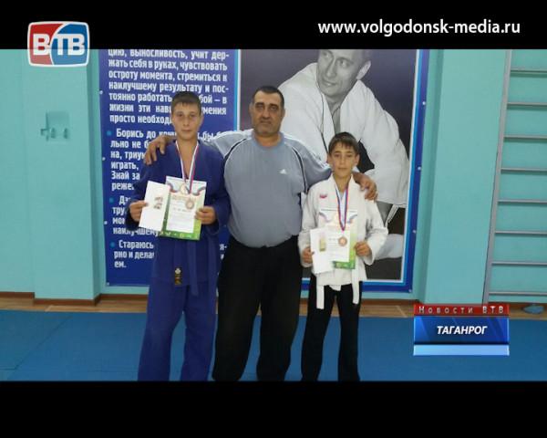 Воспитанники Низами Тагиева снова стали финалистами областного турнира по дзюдо